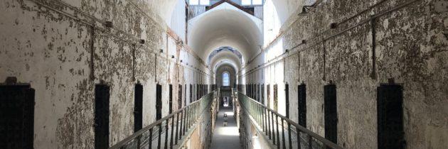 Trattamenti per la dipendenza e reati di droga: alternativa umanitaria al carcere o nuova forma di controllo punitivo?